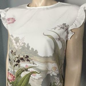 Floral Frill Top COORAI Ruffle woven front top 4